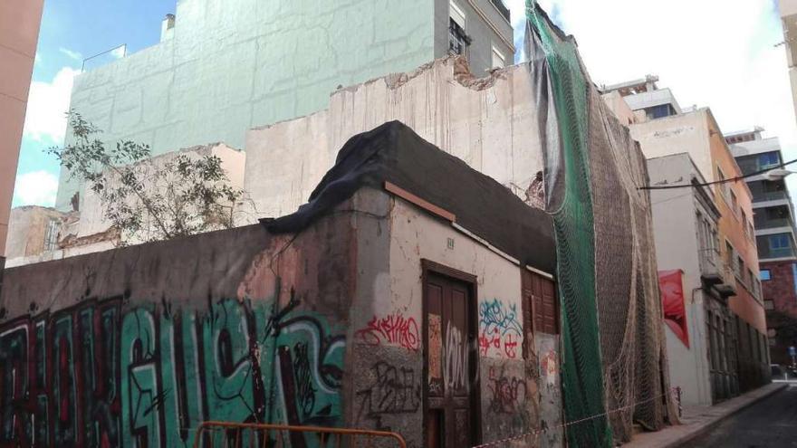 Obras en la calle Puerta Canseco, en el barrio capitalino de Miraflores.