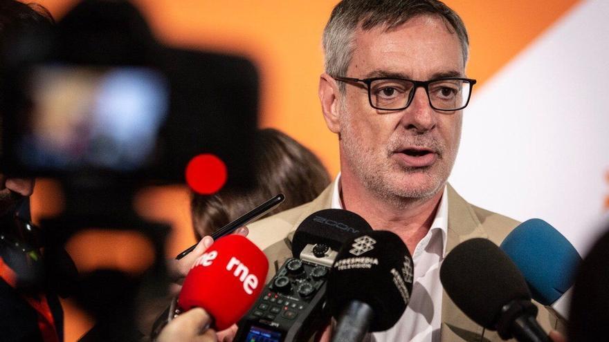 """Villegas (Cs) ve la renuncia de Iglesias un """"giro"""" más en el """"culebrón de verano"""" con Sánchez"""