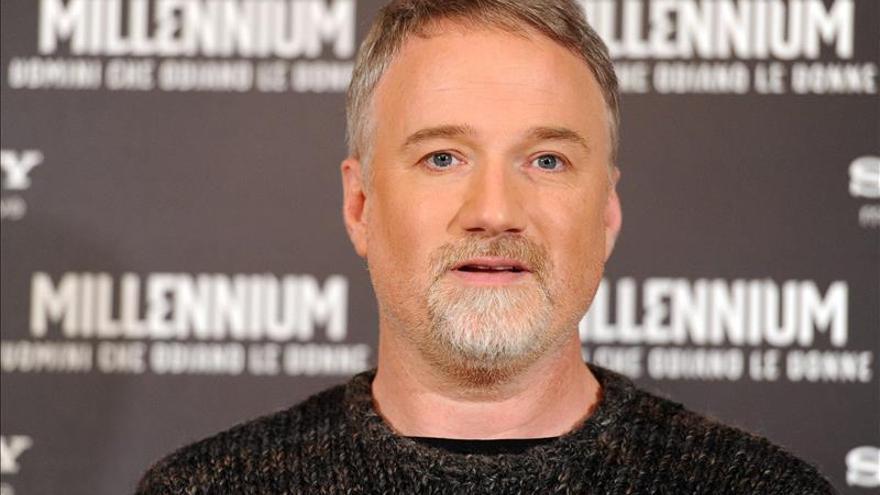 Charlize Theron y David Fincher producirán una serie para Netflix