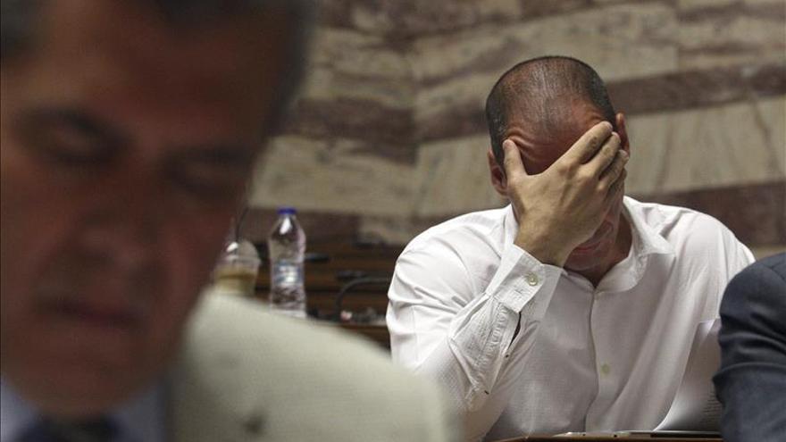 Varufakis, durante una reunión del grupo parlamentario de Syriza.