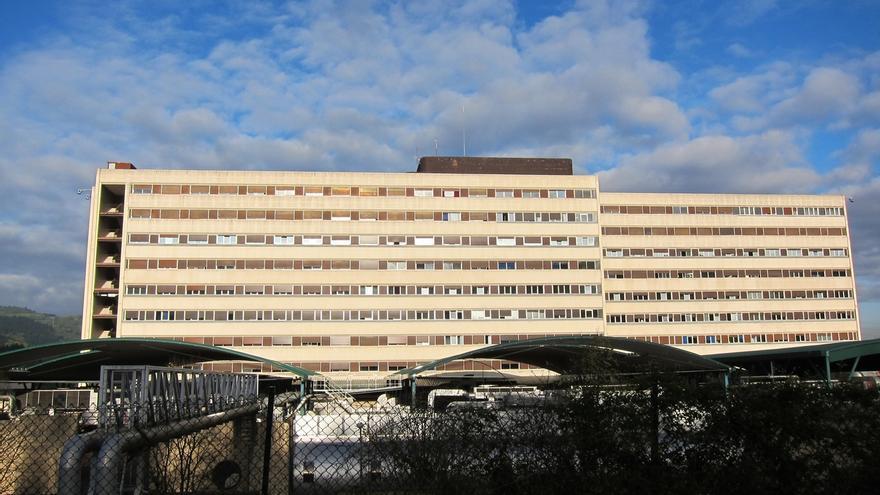 Ingresados en la UCI 204 enfermos en Euskadi, el 10% de los hospitalizados
