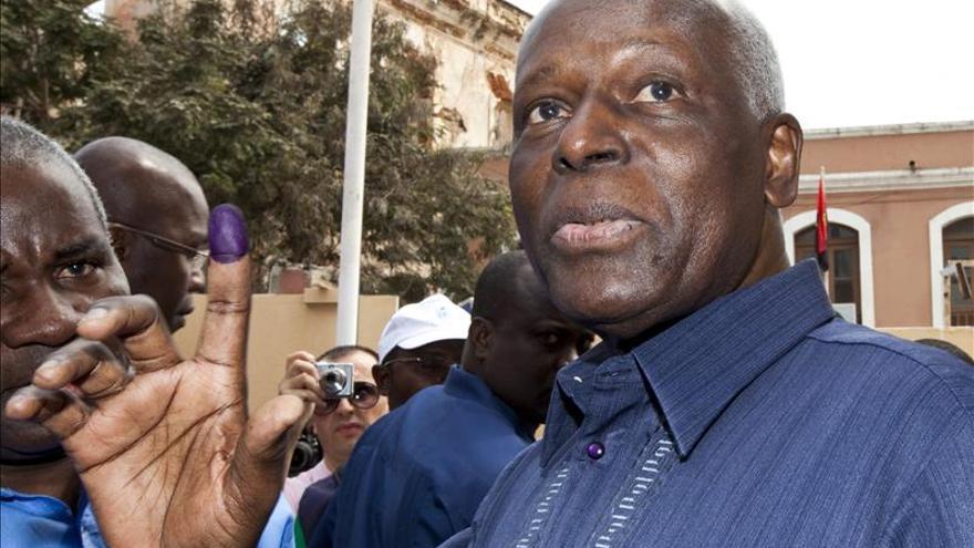 En huelga de hambre un menor detenido en Angola por llamar dictador a Dos Santos