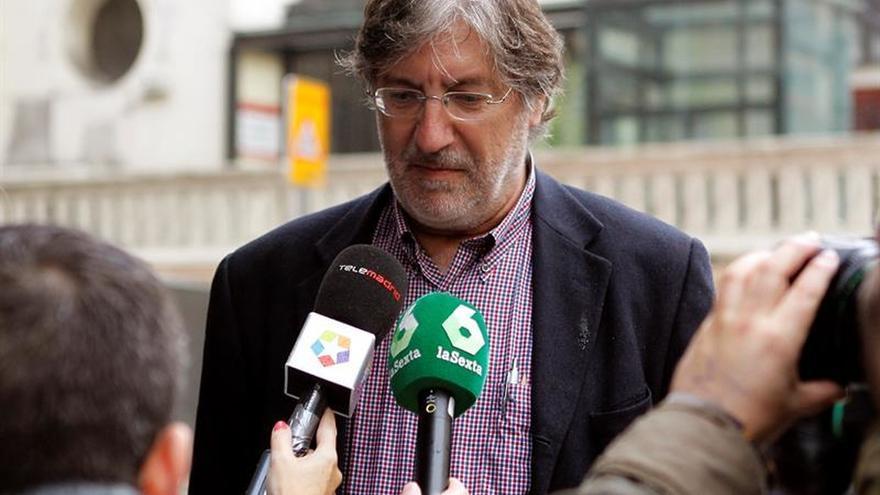 """Pérez Tapias pide que Sánchez """"no demore mucho"""" decir si opta a las primarias"""