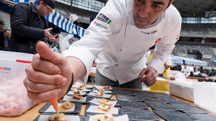 Profesionales de la cocina en miniatura se dan cita desde mañana en Vitoria