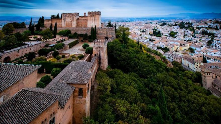 El Patronato de la Alhambra pretende impedir el fraude apostando por la venta general en lugar de la reserva de entradas