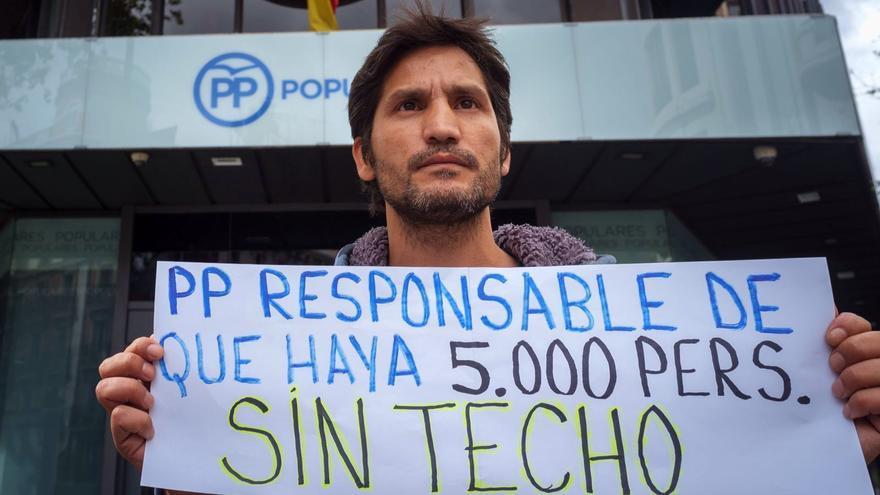 Lagarder, a las puertas de la sede del PP  en Madrid / Foto: Joaquín Zamora Hernandez