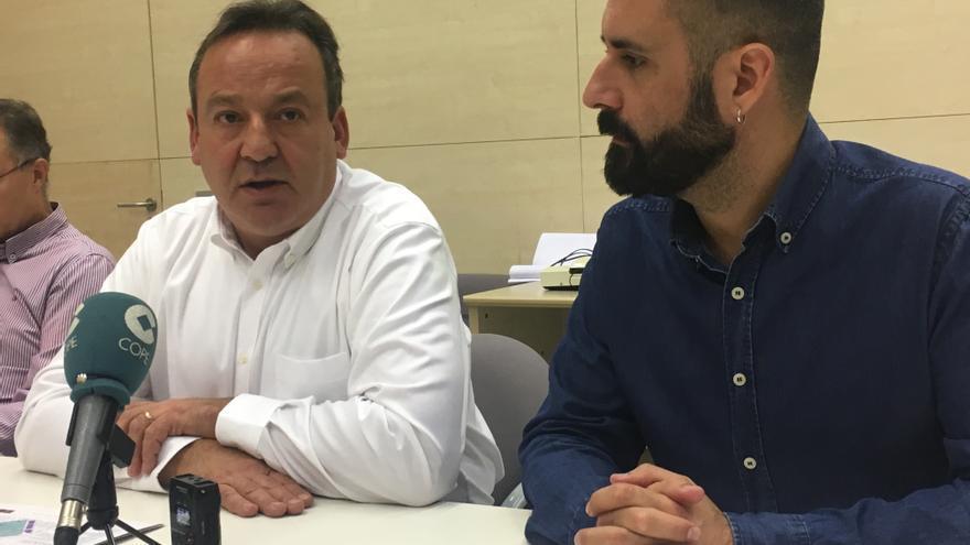 Los concejales de Urbanismo, Vicent Sarriá (izquierda), y de Cultura Festiva, Pere Fuset