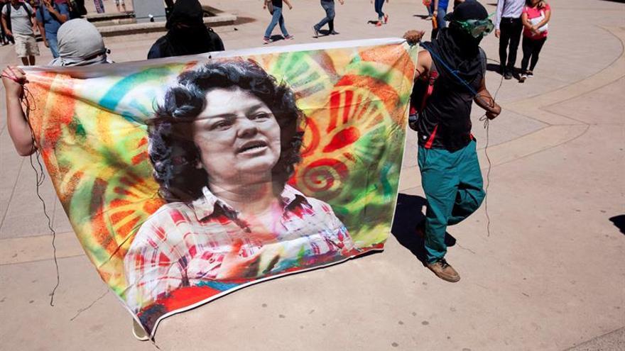 Piden juicio contra el presunto autor intelectual del crimen de Berta Cáceres