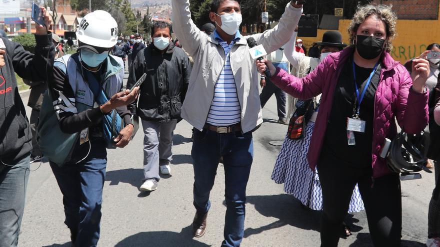 El conflicto cocalero en Bolivia cumple una semana entre gases y dinamitazos