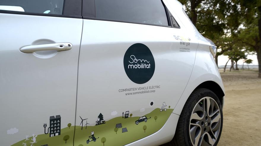 El primer coche de Som Mobilitat ya circula por Mataró.