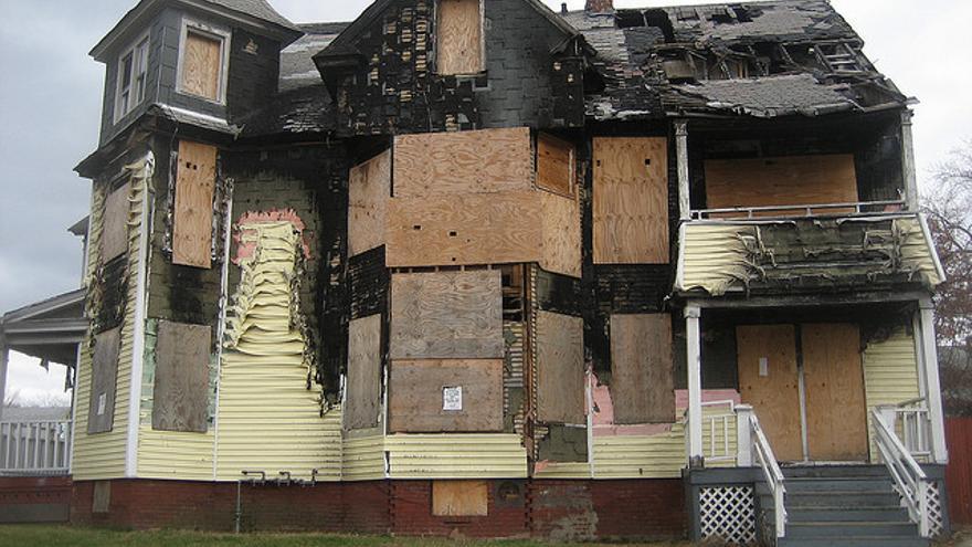Una casa en un barrio de Springfield (EEUU) con altos niveles de desahucios / zachvs via Materia