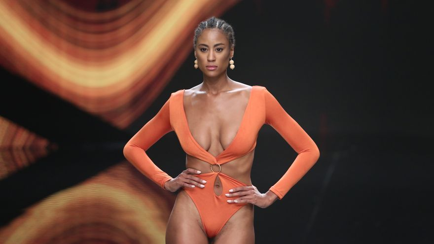 Pase de la firma de baño Sirella Swim, en la semana de la Moda Baño de Gran Canaria.