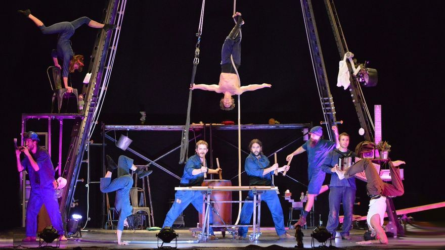El circo contemporáneo llega al Palacio de Festivales con el espectáculo musical 'Lurrak'