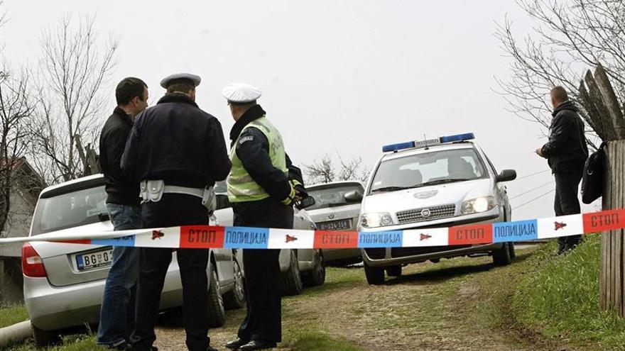 Detienen a 10 traficantes de armas y confiscan casi 30 kilos de explosivos
