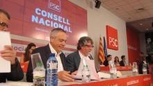 La dirección del PSC convoca un consejo extraordinario para aislar al sector más soberanista