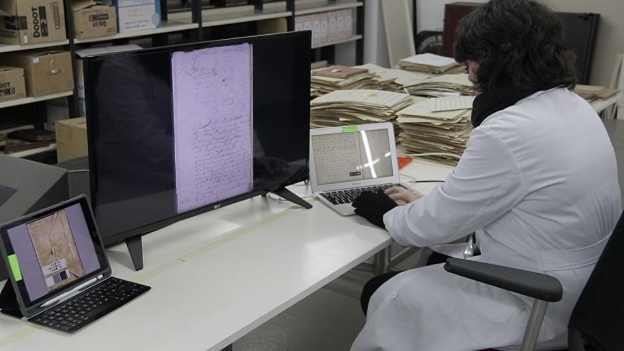 Proceso de digitalización de un documento histórico