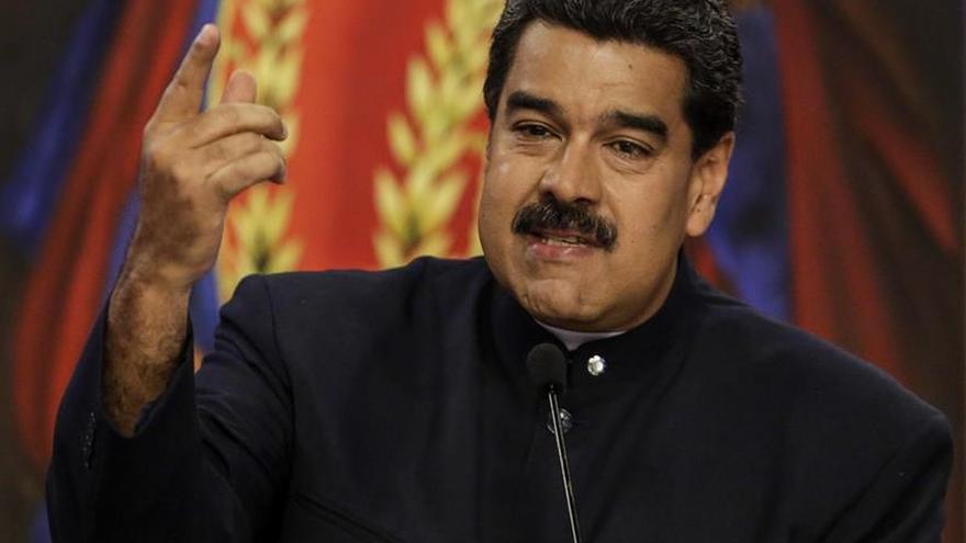 Maduro anuncia un aumento de treinta por ciento del salario mínimo mensual en Venezuela