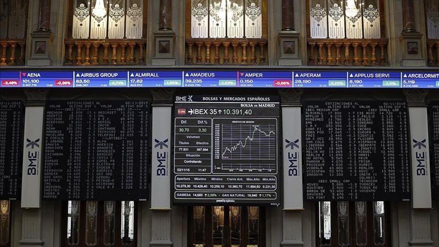 El IBEX sube un 0,60 % y supera los 10.500 puntos animado por la opv de Japan Post y el BCE
