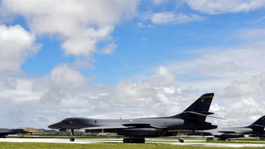 """El gobernador de Guam pide a la población """"estar preparada"""" ante la amenaza norcoreana"""