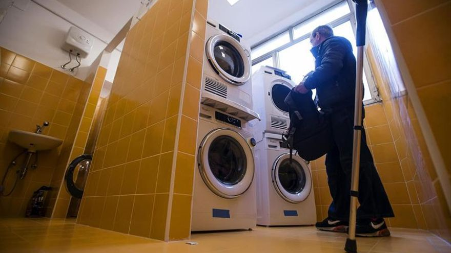 """La """"lavandería del papa"""" comienza a funcionar en Roma"""
