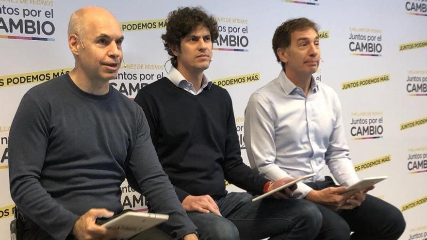 Horacio Rodríguez Larreta, Martín Lousteau y Diego Santilli, en una imagen de archivo. El jefe y el vicejefe de Gobierno podrían tener que enfrentar en internas al partido de Lousteau, UCR