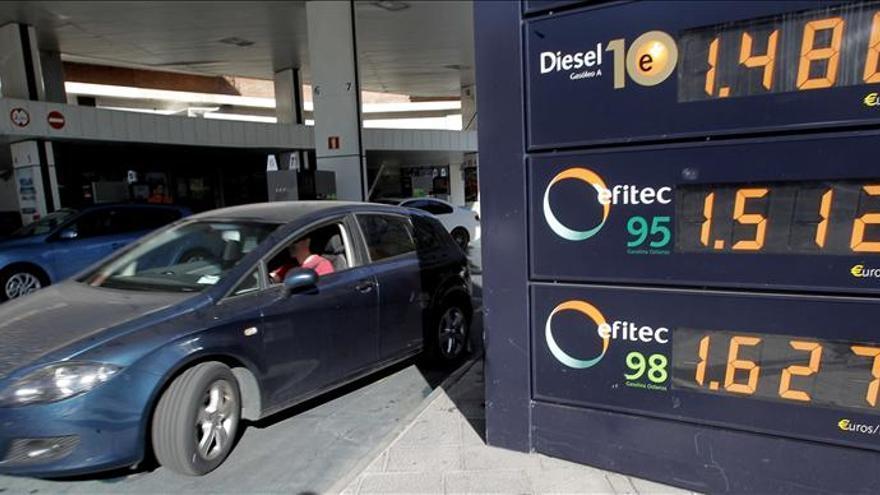 El consumo de carburantes cayó un 6,3 por ciento en 2012 y suma cinco años de descensos