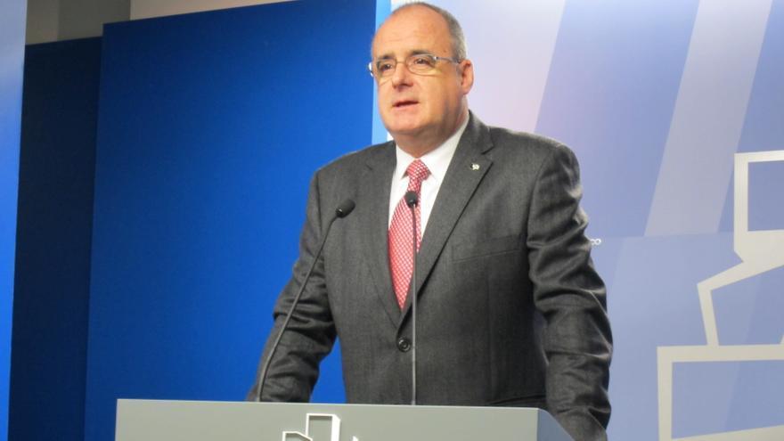 """Egibar dice que el lehendakari instará a los partidos a """"hacer un esfuerzo"""" para aprobar reformas fiscales en 2013"""