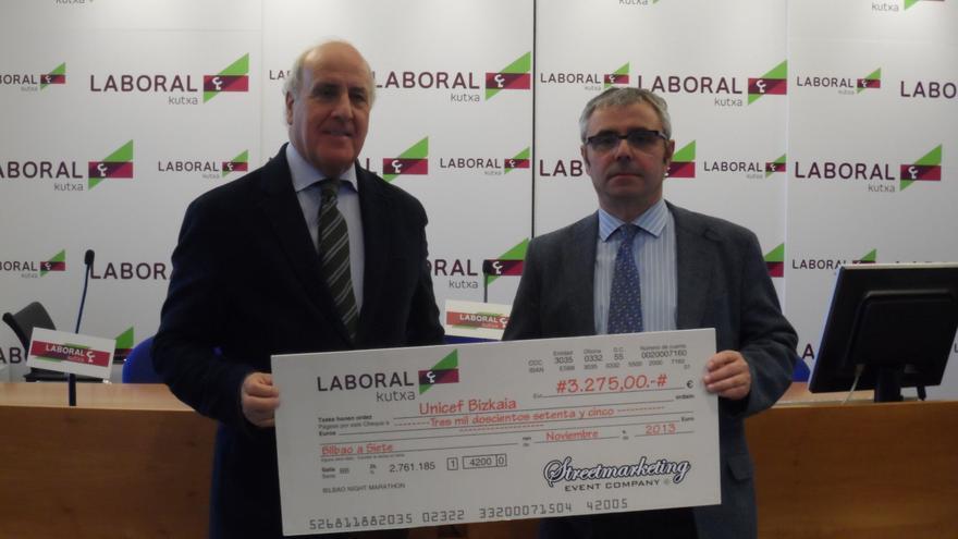 Unicef recibe los 3.275 euros donados en el Bilbao Night Marathon
