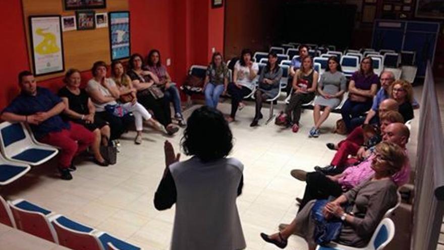 Cursos de lengua de signos en Castellón con diferentes niveles de dificultad.