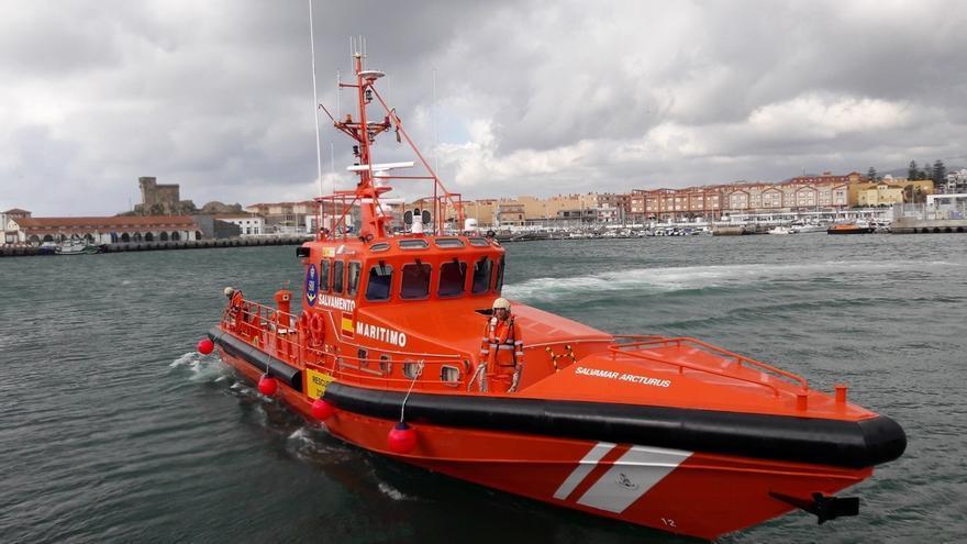 Salvamento Marítimo incorpora una nueva embarcación Salvamar en Tarifa