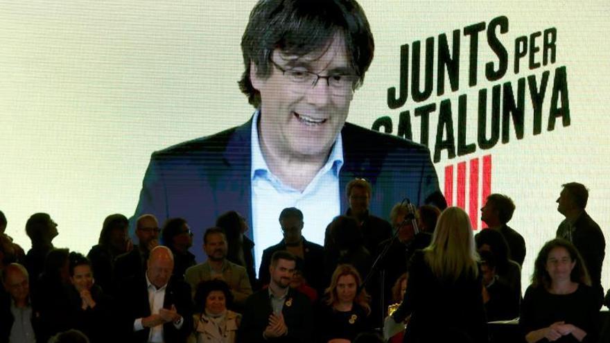 """Puigdemont apela a votar a JxCat porque son los que """"estorban"""" al Estado"""