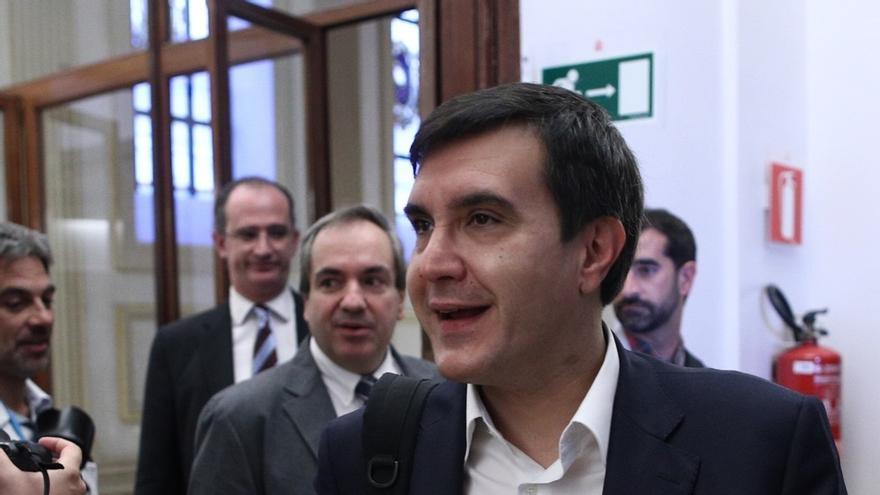 """El Gobierno recalca a Puigdemont que Europa avala las medidas para impedir que los """"caraduras"""" no acaten fallos del TC"""