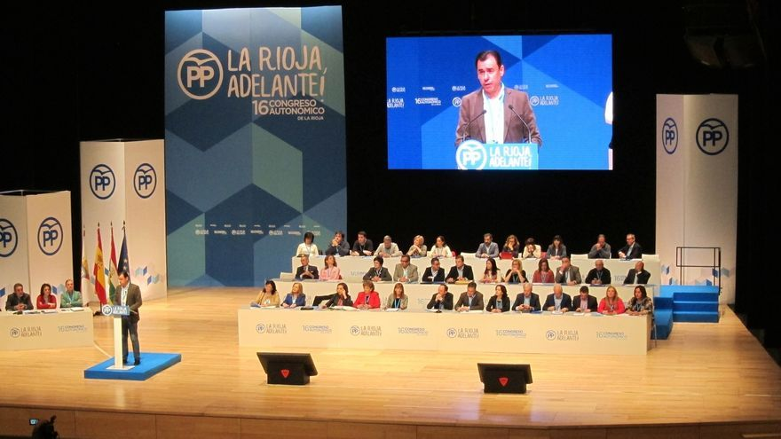 """Maíllo pide a Iglesias que """"condene la falta de democracia en Venezuela"""" como ha hecho el PP"""