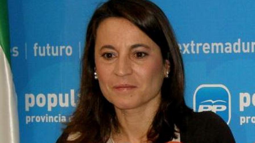 Elena Nevado, PP Cáceres