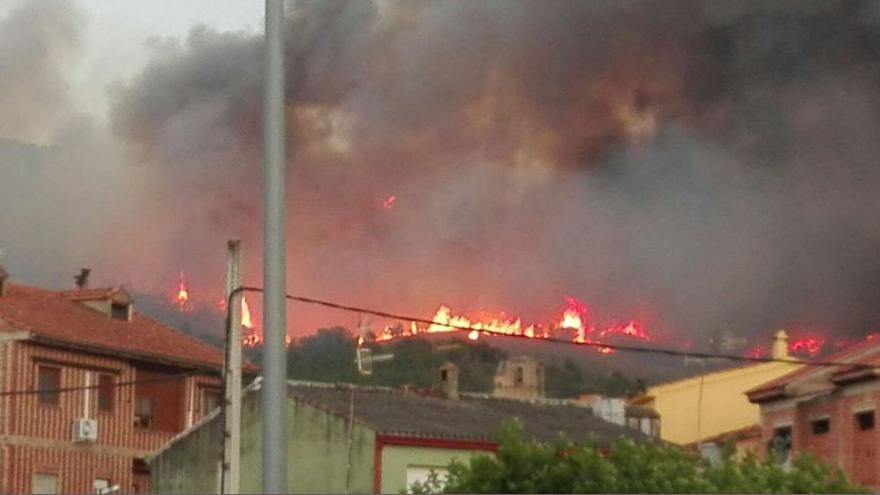 Incendio Villanueva de la Sierra Caceres