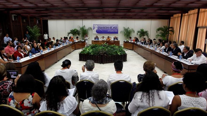 Las mujeres, llamadas a empuñar la antorcha de la reconciliación en Colombia