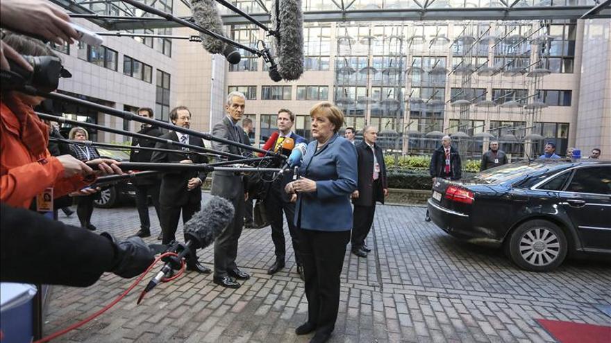 El portavoz de Merkel declina comentar la carta de Mas a los líderes europeos