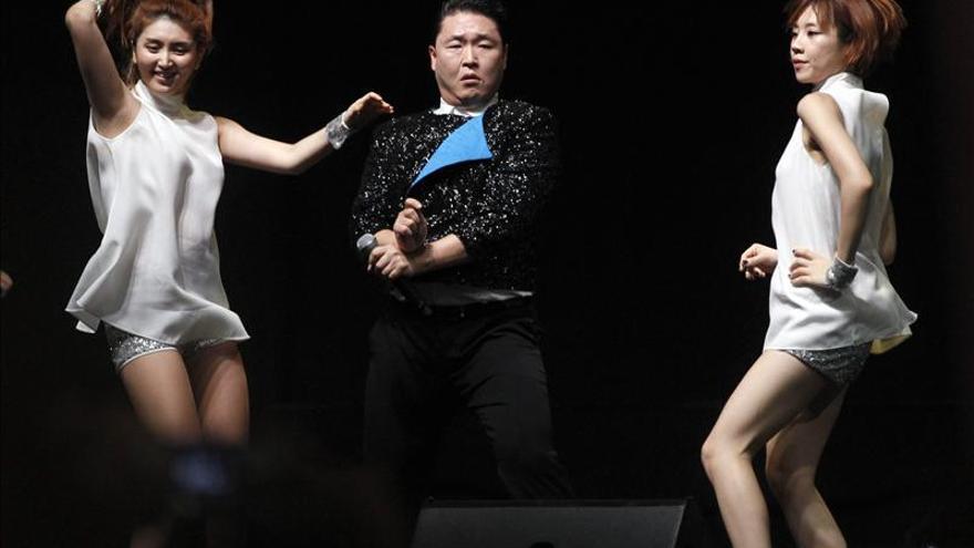 """Francia también cabalga al ritmo de PSY y """"Gangnam Style"""""""