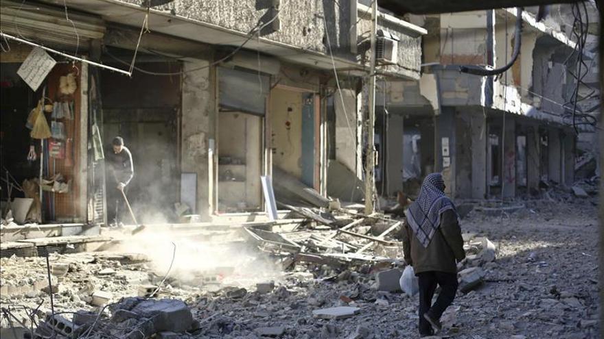 Damasco y Al Qaeda en Siria canjean presos, tres de ellos oficiales iraníes