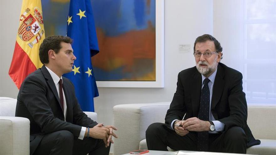 Rivera pide a Rajoy que active el 155 y convoque elecciones en Cataluña