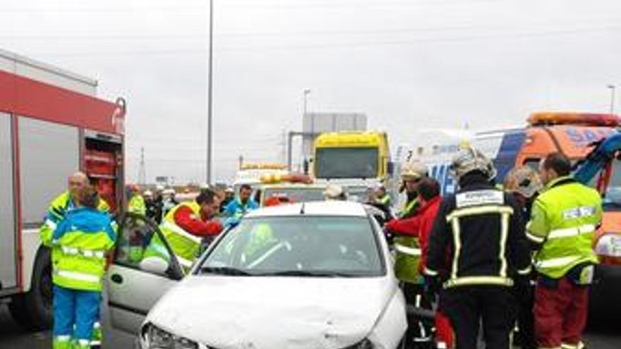 Fallecen 23 personas en las carreteras durante el fin de semana