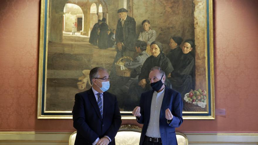El alcalde de Pamplona, Enrique Maya, y el presidente de la Fundación Javier Ciga, Pello Fernández Oyaregui, firman un protocolo general de actuación relativo a la futura exposición permanente del artista pamplonés.
