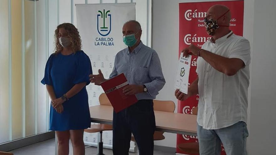 60 establecimientos de La Palma reciben la acreditación de 'empresa segura' frente a la Covid-19
