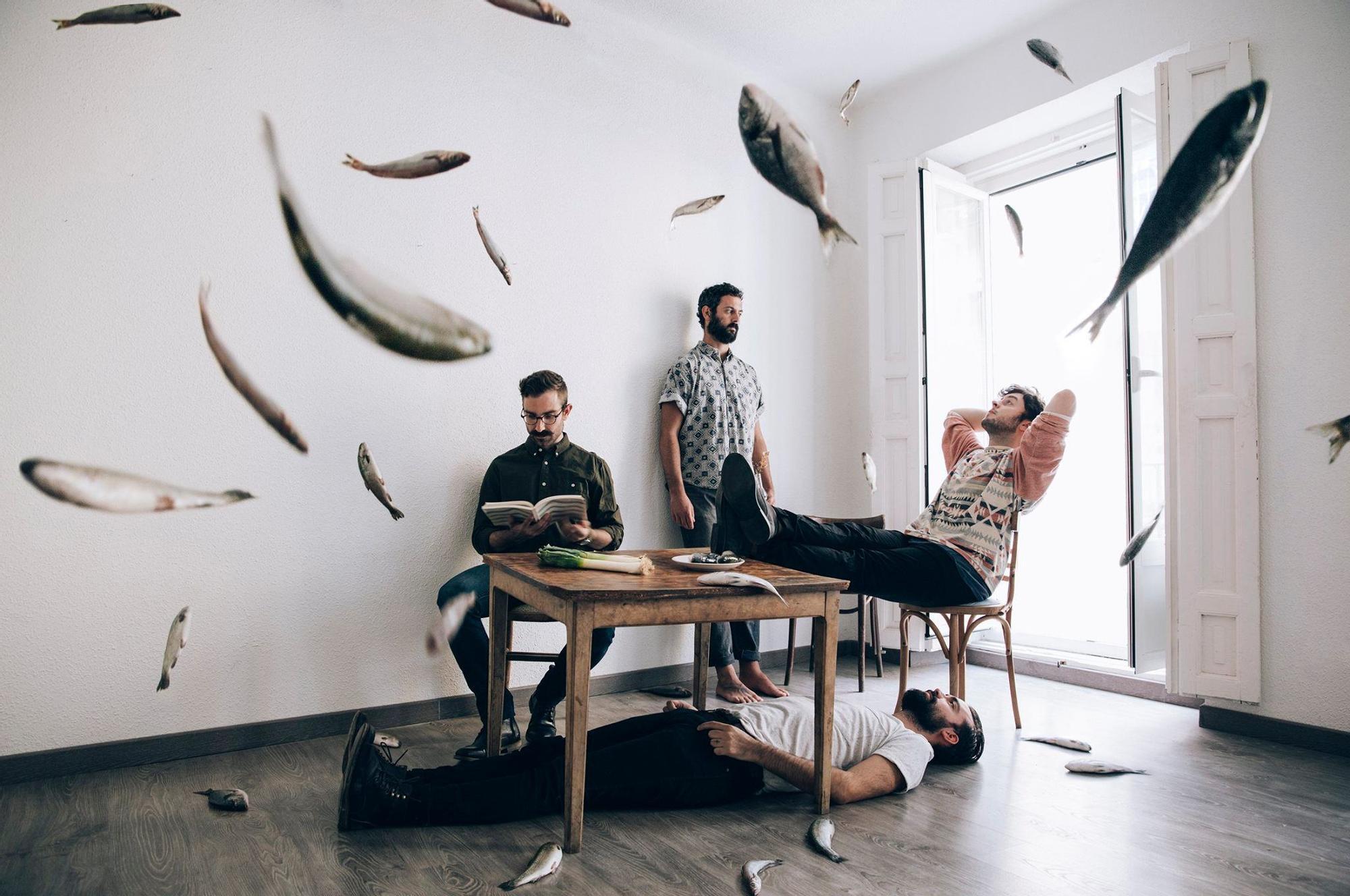 Being Berber. De izquierda a derecha: Chris, Marco, Pablo y Gonzalo (tumbado)