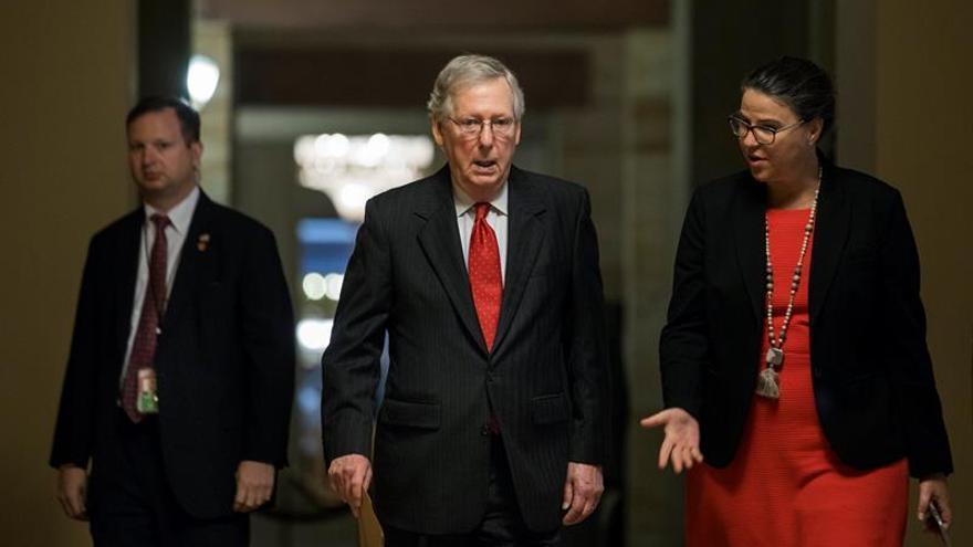 Líder republicano descarta una votación para derogar Obamacare ante la falta de apoyo