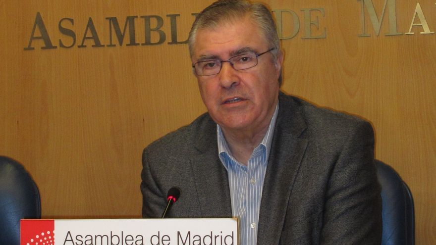 """Quintana (PSM) dice que al igual Tomás Gómez llamó a secretarios generales, """"bastantes"""" barones le llamaron a él"""
