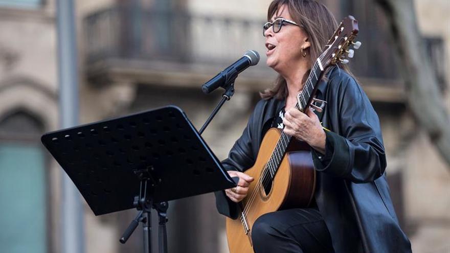 Barnasants ofrece más de 100 conciertos, con Argentina como país invitado