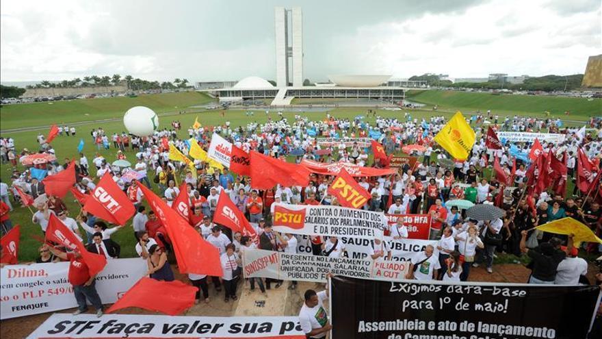 Sindicatos brasileños convocan a una gran manifestación por la reforma laboral