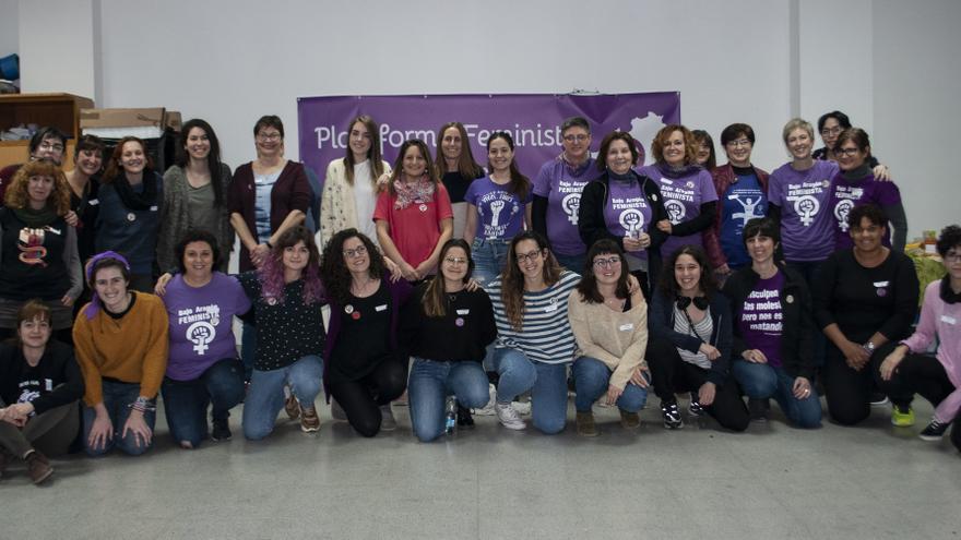Participantes en el encuentro de colectivos feministas de la provincia de Teruel, este pasado fin de semana en Monreal del Campo.