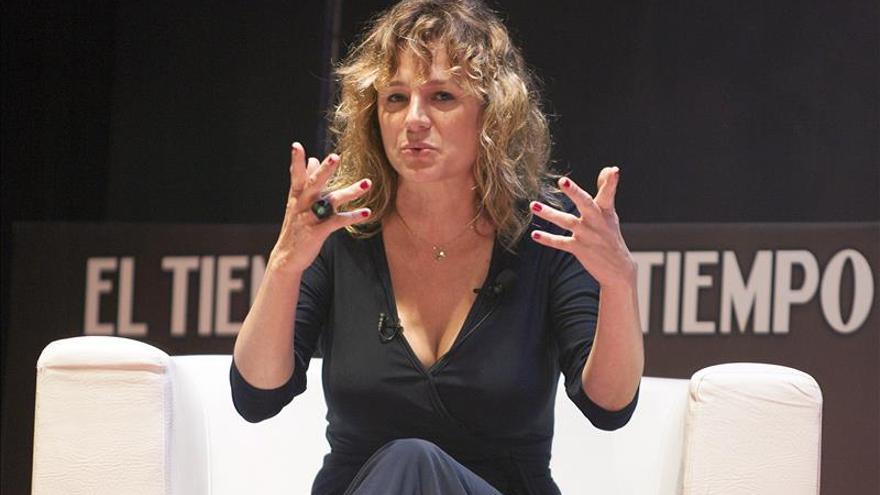 Emma Suárez afirma que Almodóvar es un cineasta que controla todo lo que pasa